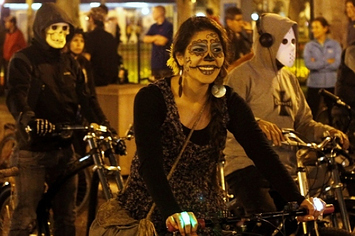 20 Photos Of Day Of The Dead Celebrations Around The World