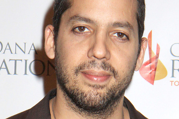 David Blaine Walked Up To Meryl Streep And Ate Her Wine Glass