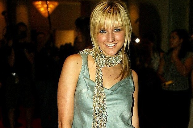 21 Early '00s Ashlee Simpson Outfits That Now Seem Highly Questionable