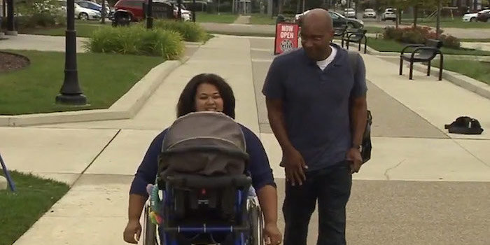 16-Year-Old Made A Wheelchair Stroller For A Paraplegic Mom With Baby (Video)