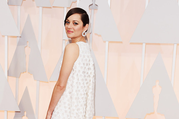Marion Cotillard's Dress For The 2015 Oscars Looked Like Many Things