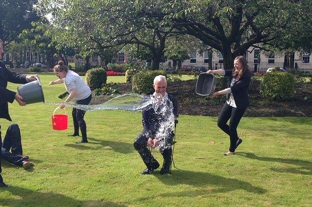Alistair Darling Is The First British Politician To Take The Ice Bucket Challenge